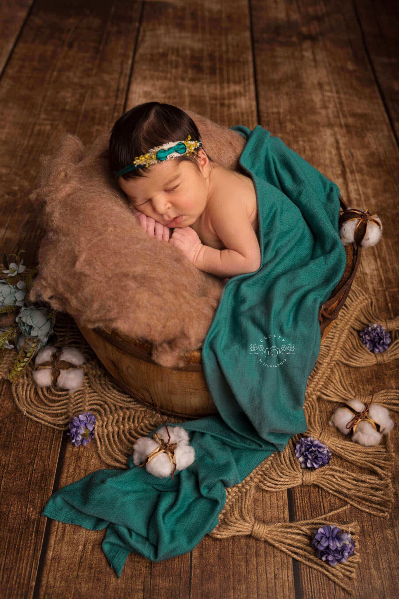 Séance photo naissance fille strasbourg - Clover Photographies