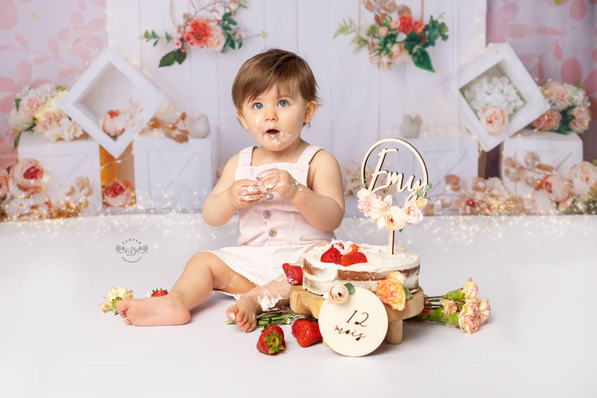 Séance photo bébé anniversaire smash the cake - strasbourg - clover photographies