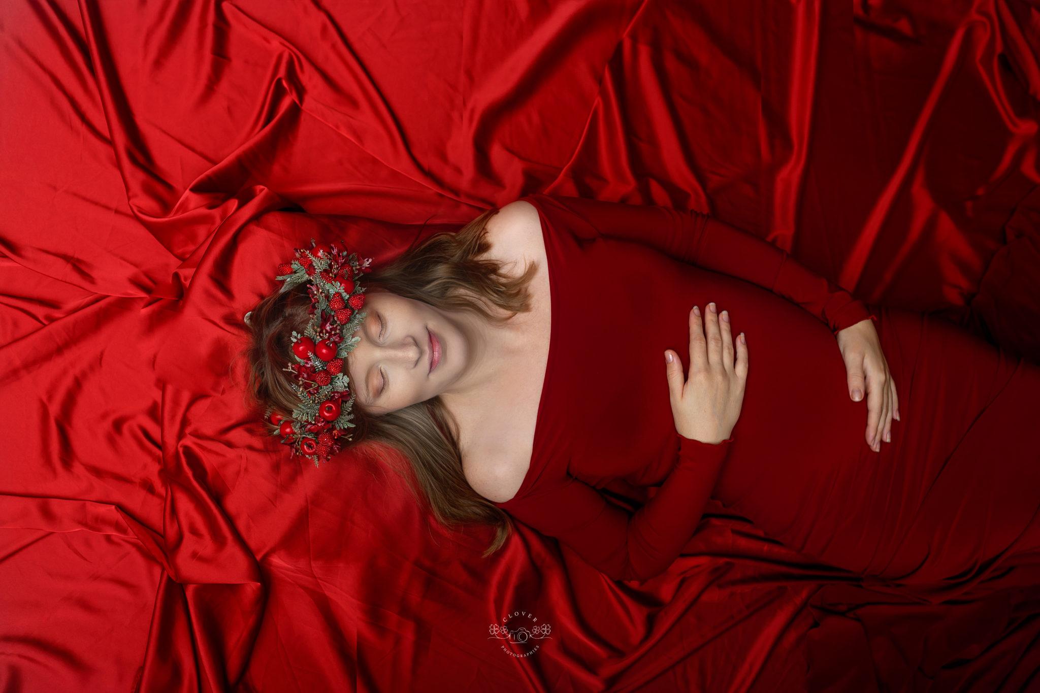 Séance photo grossesse strasbourg studio - shooting femme enceinte - clover photographies