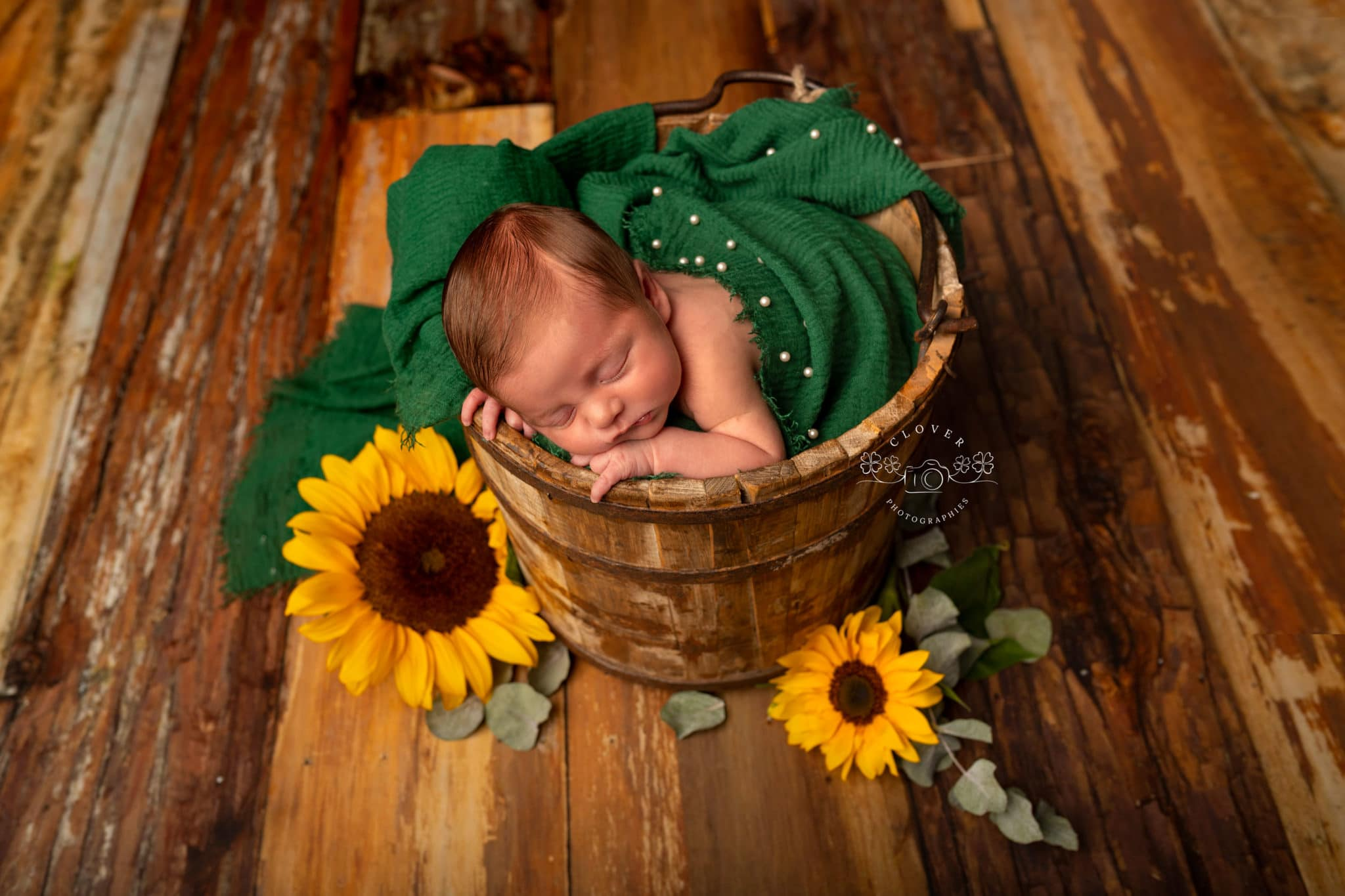Photographe naissance bébé Strasbourg - séance phot naissance - clover photographies